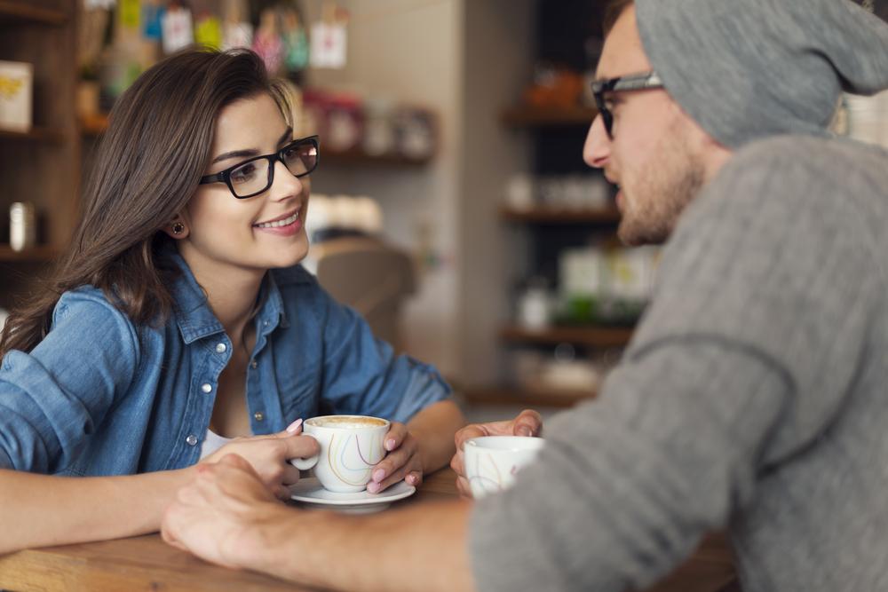 聞き上手の心理と話を続けたくなる相手の特徴