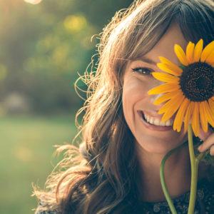 笑い上戸の心理といつもニコニコしている人に共通する性格